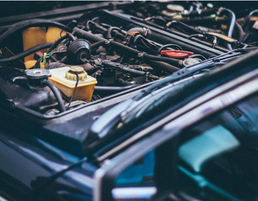 Jak zmniejszyć spalanie paliwa w samochodzie?
